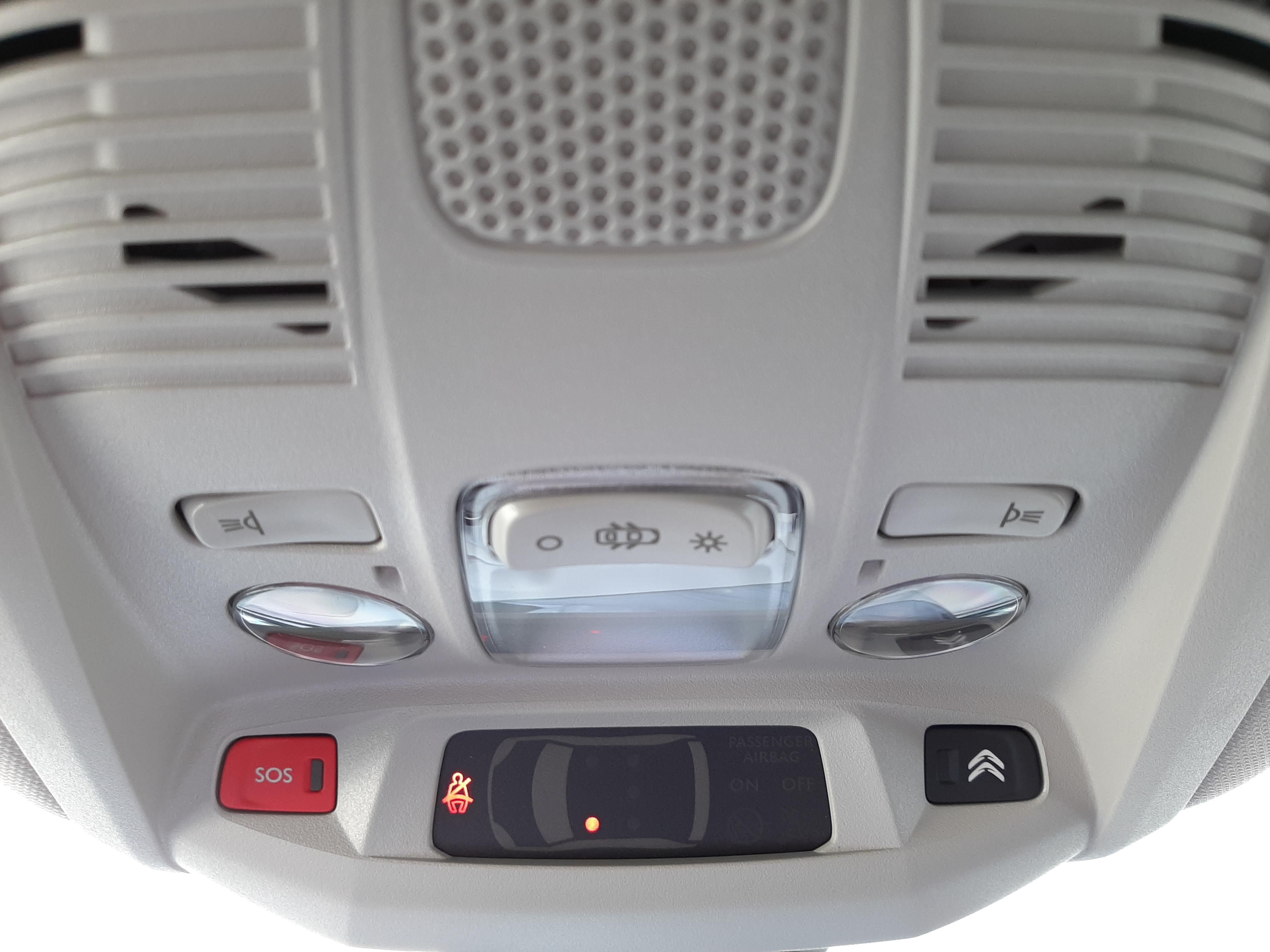 C5 Aircross Hybrid 225cv S&S ë-EAT8 Shine